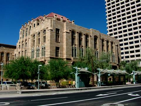 Metrolink Historic City Hall