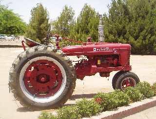 Schnepf Farm Tractor